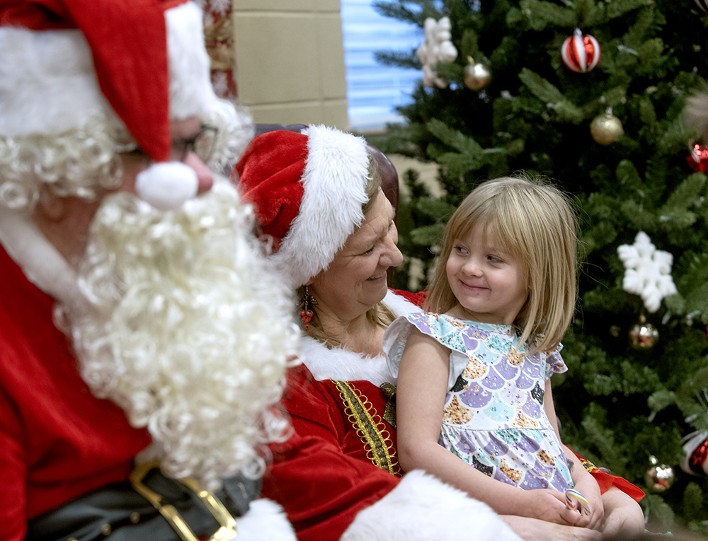 Santa Stops By Somers